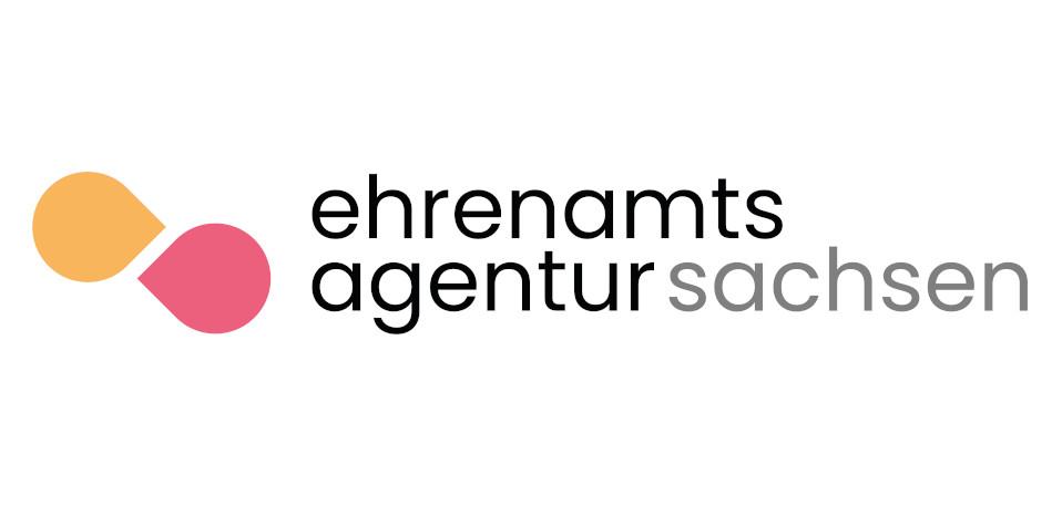 Zu sehen ist das Logo der Ehrenamtsagentur Sachsen